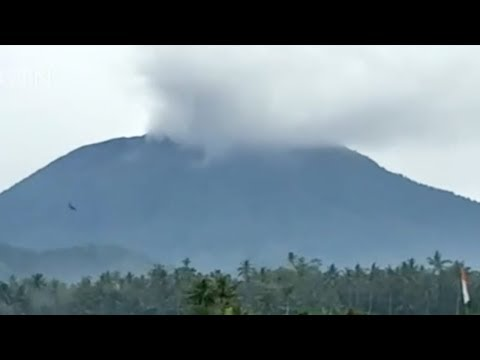 small eruption at indonesia volcano