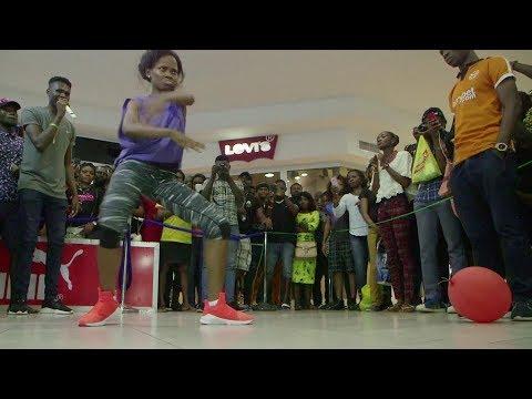 breaks 'longest dance' world record