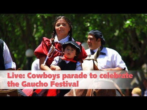 live cowboys parade to celebrate