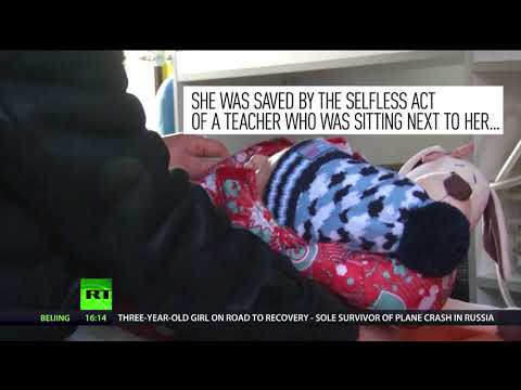 heroic teacher saved toddler girls life