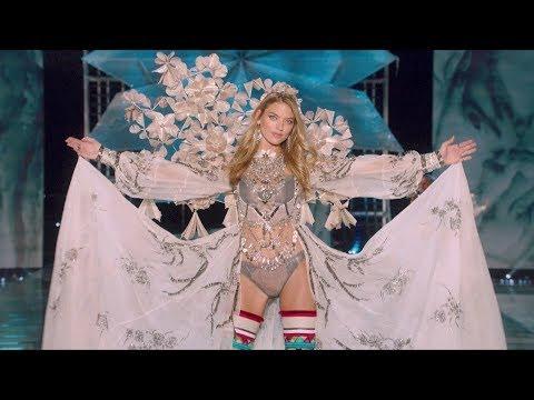 victorias secret fashion show dazzles world